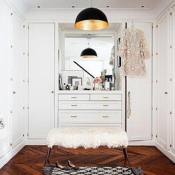 U Shaped Closet Design Ideas
