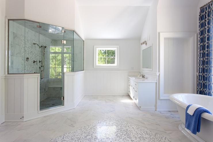 Corner Shower With Window Seat