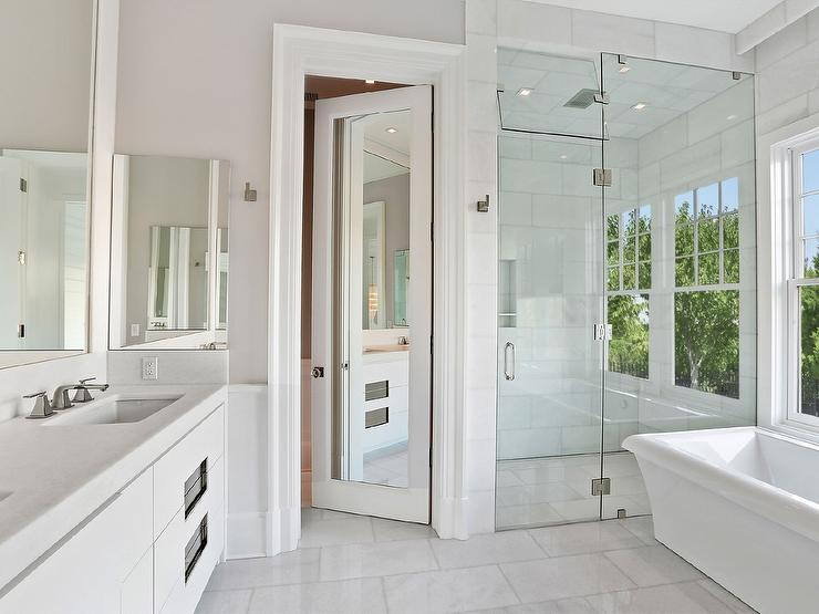 Mirrored Bathroom Door Design Ideas