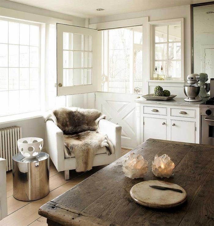 Pleasing Kitchen Lounge Cottage Kitchen Gmtry Best Dining Table And Chair Ideas Images Gmtryco