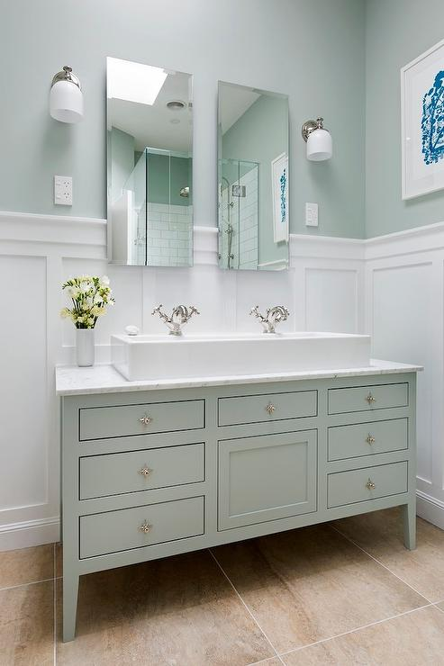 White and Green Bathroom Ideas
