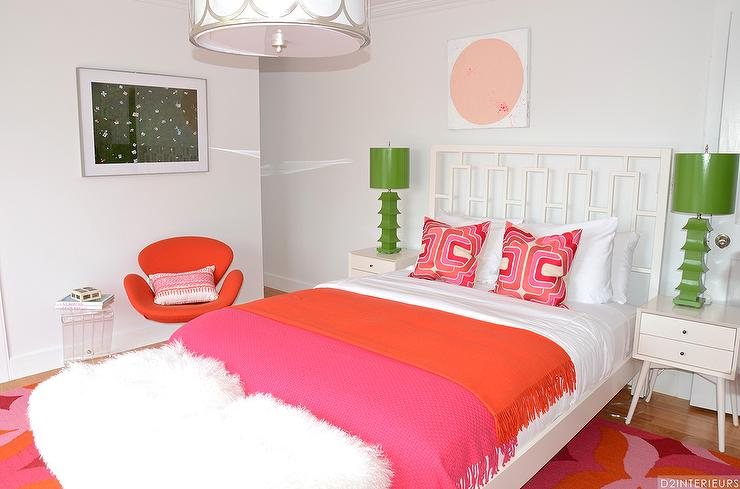 Red And Orange Girl\'s Bedroom Design Ideas