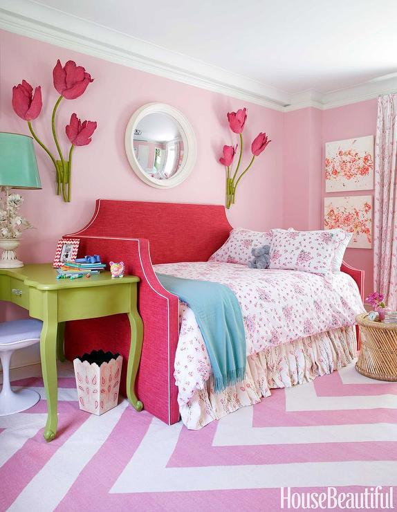 Kids Room with Red Daybed - Contemporary - Girl\'s Room - Benjamin ...