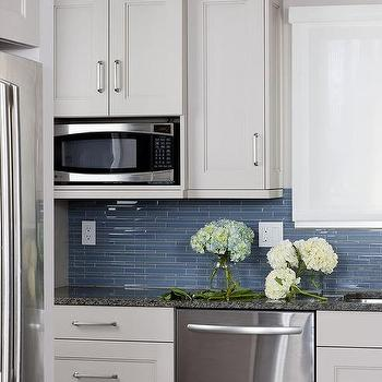Sea Blue Linear Kitchen Backsplash Design Ideas