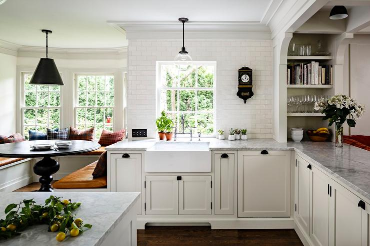 Bay Window Banquette Design Ideas - Bay window kitchen