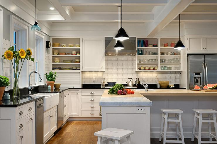 L Shaped Kitchen Island - Cottage - Kitchen