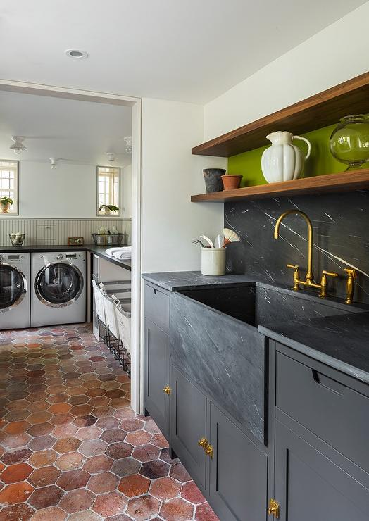 Benjamin Moore Kendall Charcoal Cabinets