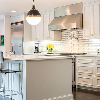 Light Gray Kitchen Cabinets With Gold Hardware