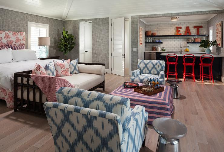 Guest House Sitting Area Design Ideas