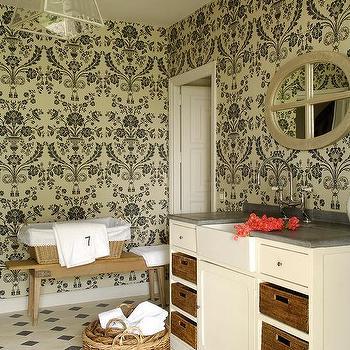 Cream And Black Bathrooms Design Ideas