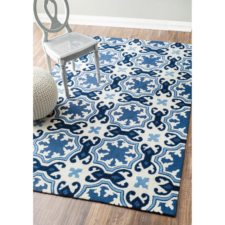 Nuloom Handmade Modern Floral Fancy White And Blue Rug