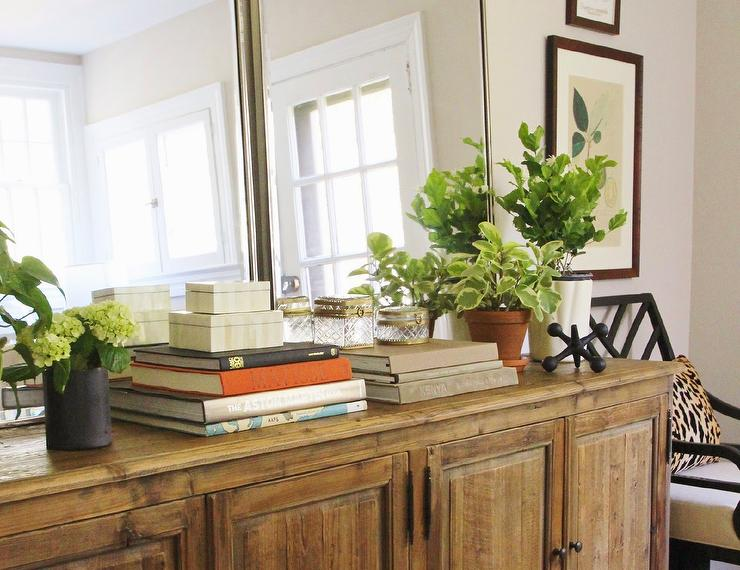 Superieur Living Room Credenza With Leaning Mirrors