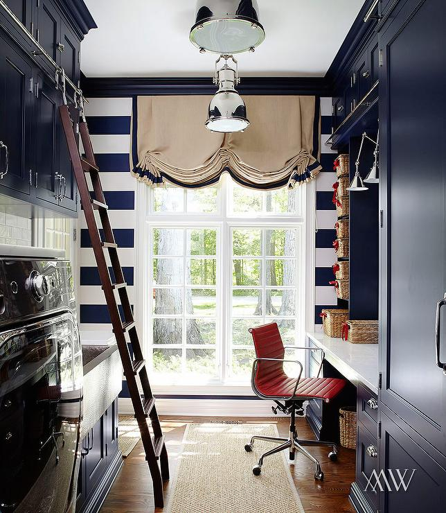 Office and laundry room combo design ideas for Laundry room office
