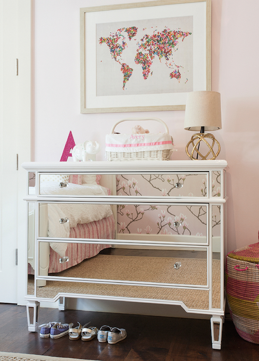 Kids Room With Mirrored Dresser