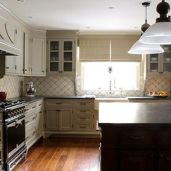 Arabesque Cream Backsplash Design Ideas