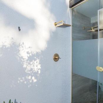 Outdoor Shower With Vintage Gooseneck Shower Head Cottage Deck Patio