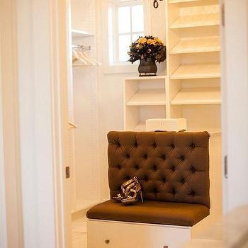 Beau Walk In Closet With Island Bench