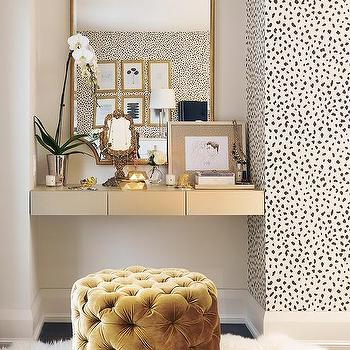 Bedroom Dressing Table Nook Design Ideas