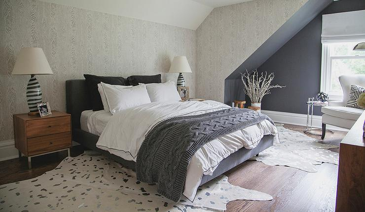 Gray Faux Bois Wallpaper - Transitional - Bedroom