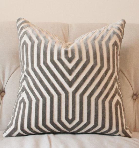 Brand-new Designer Gray Geometric Pillow UY75