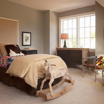 Two Tone Gray Bedroom Walls Design Ideas