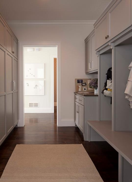 Built In Mudroom Lockers Design Ideas