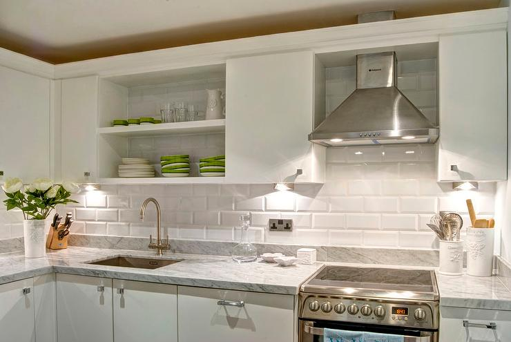 Bevelled Edge Tiles >> White Flat Front Kitchen Cabinets with Gray Marble ...