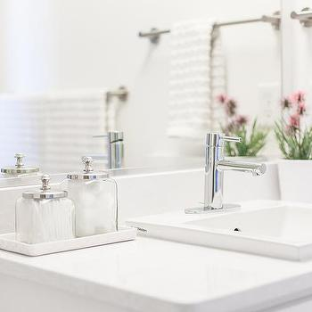 all white bathrooms design ideas, Bathroom decor