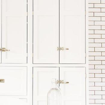 Exceptionnel Cabinets With Vintage Latch Hardware