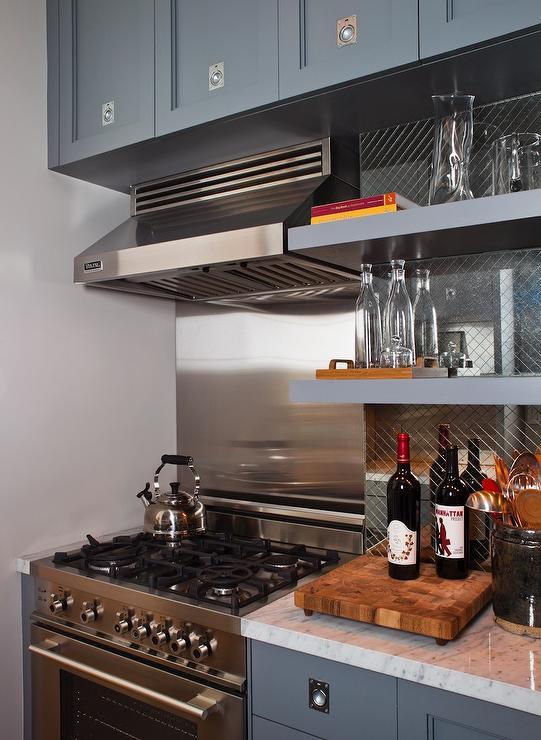 Diamond Etched Mirrored Backsplash Contemporary Kitchen