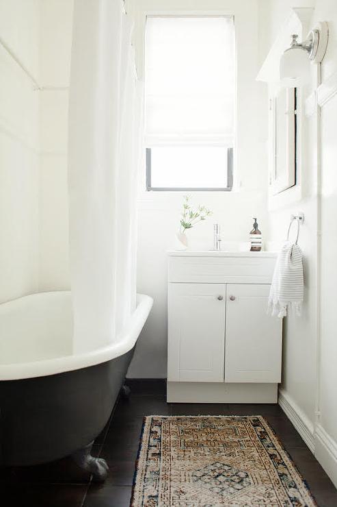 Unique Bathroom Walls Design Ideas