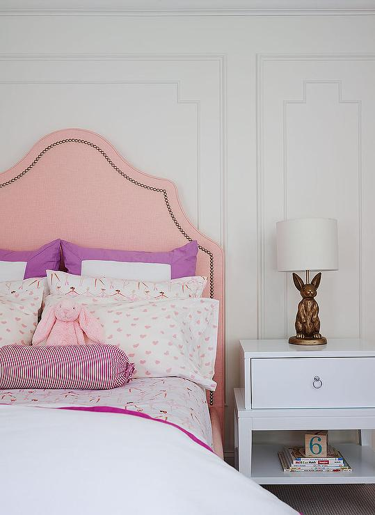 Pink and purple girls bedroom contemporary girl 39 s room for Purple and pink bedroom ideas
