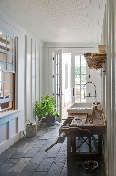 Mudroom with garden sink cottage deck patio for Mudroom sink ideas