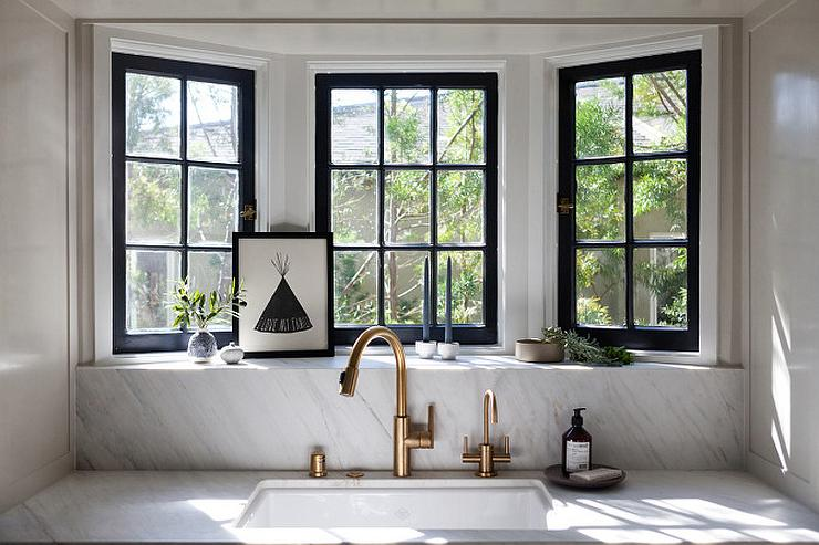 Bay Window With Sink