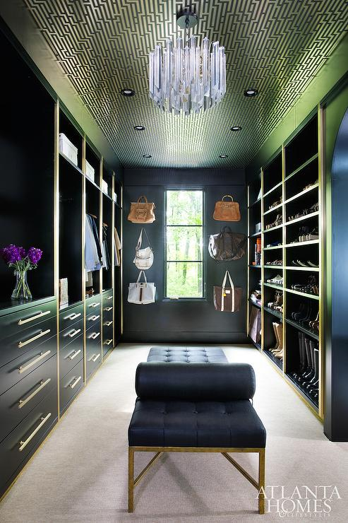 Graham Amp Brown Illusion Wallpaper On Closet Ceiling