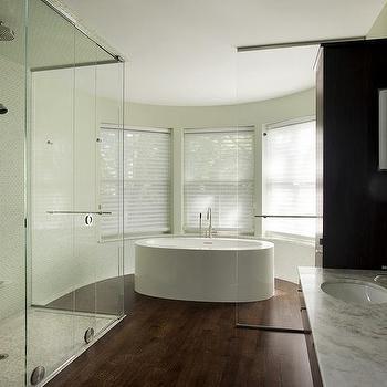 Oval Shower Windows Design Ideas