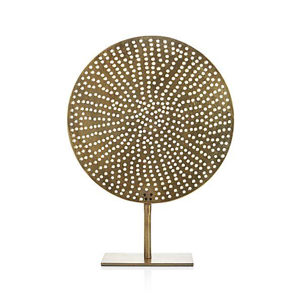 Exhibition Stand Circle : Brass circle on stand