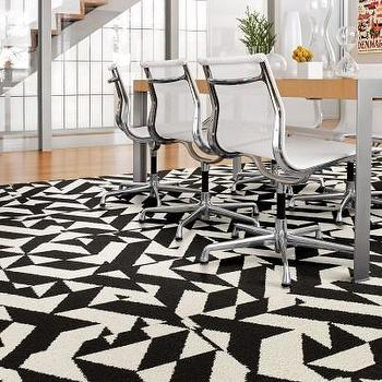 Twisted Spokes Clementine Carpet Tiles