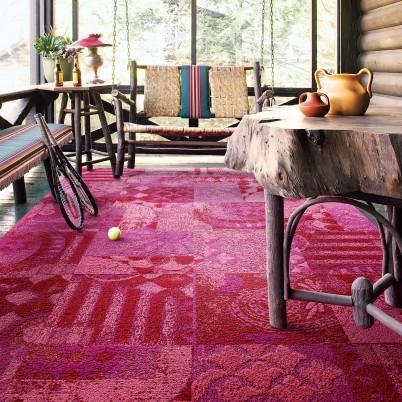 Black and Gray Floral Pattern Carpet Tile