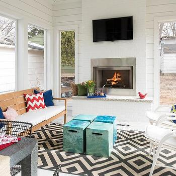 Fireplace in sunroom design ideas for Sunroom with fireplace