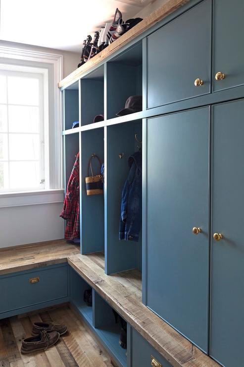 Rustic Mudroom With Barn Board Backsplash Cottage Laundry Room