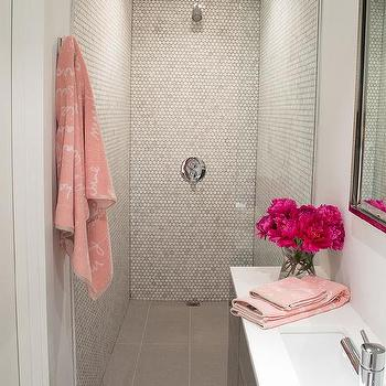 pink and gray small bathroom design - Pink Bathroom Themes