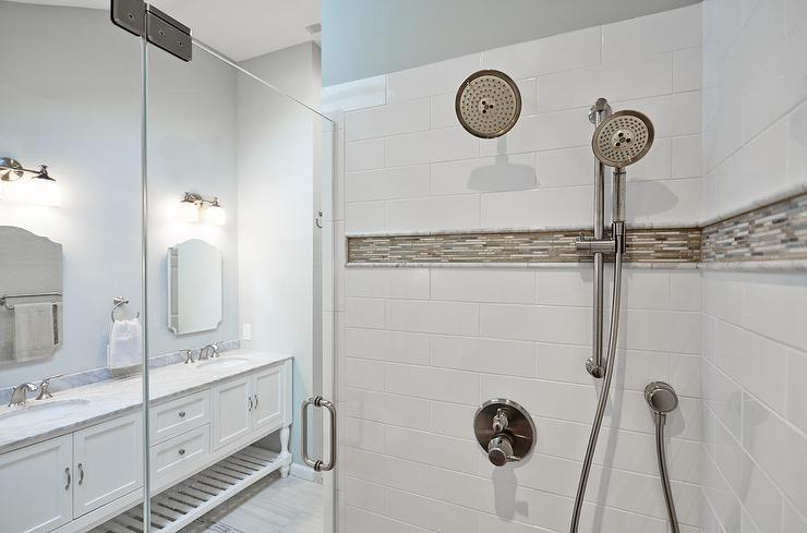 Beau Shower With Gray And Blue Mosaic Border Tiles