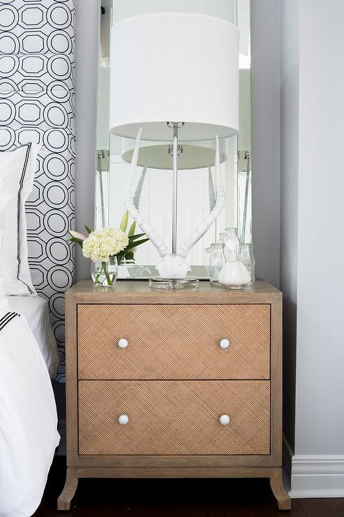 Woven Nightstand with White Antlers Lamp - Contemporary ...