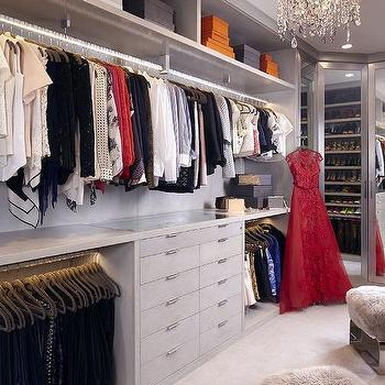 Incroyable Walk In Closet With Gray Built Ins