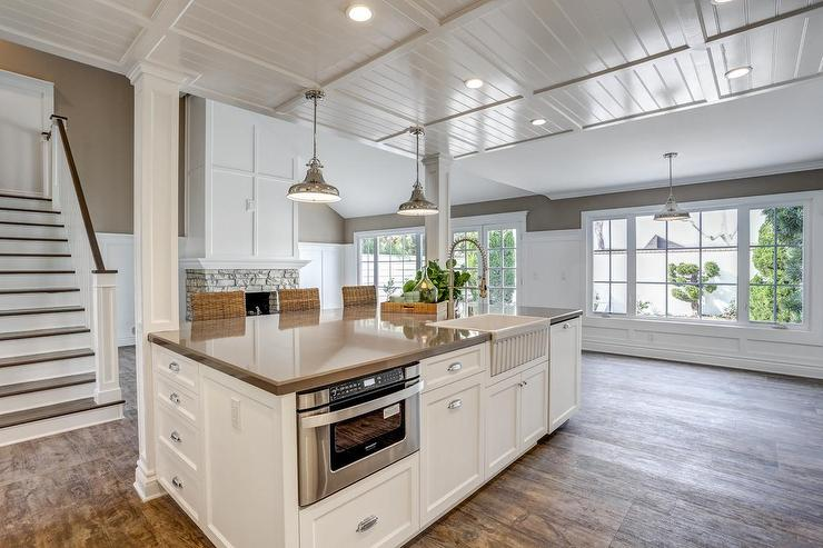 Kitchen Island With Apron Sink And Microwave