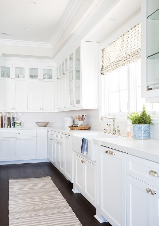 Superb 6 Great Alternatives To Carrara Marble Countertops In Your Farmhouse Kitchen