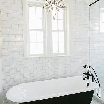 Claw Foot Tub Design Ideas