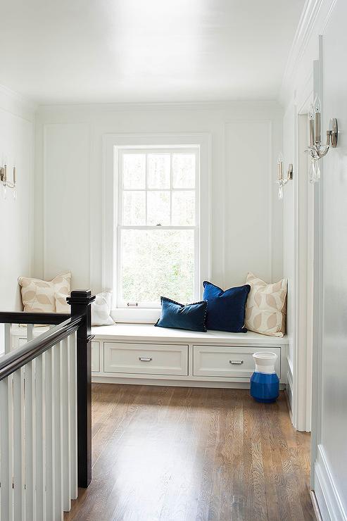 Small Hallway Bench Seat