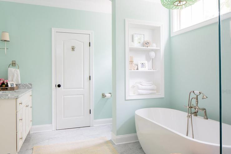 Soothing green bathroom paint colors contemporary for Green bathroom paint colors